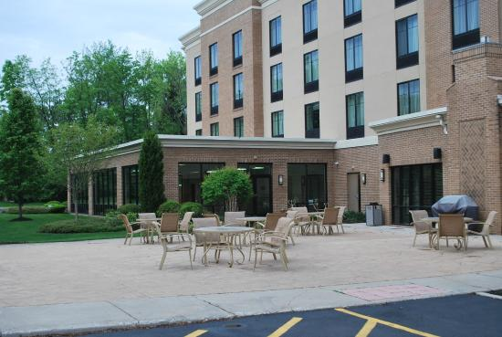 Holiday Inn Express Hotel & Suites Webster: Patio at the rear of the hotel