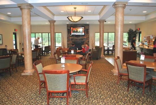 Holiday Inn Express Hotel & Suites Webster: Breakfast room