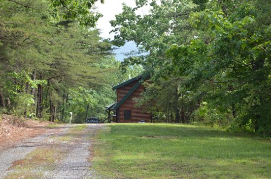 Cosby Creek Cabins: Mountain View