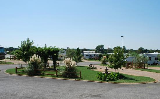 RV sites - Picture of North Texas Jellystone Park ...