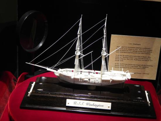 Berlin, OH: Warther Museum of Ivory carved ships
