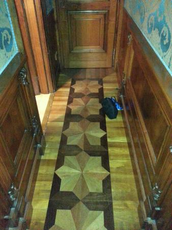Torre dell'Orologio Suites: The foyer to our room - bathroom is to the left
