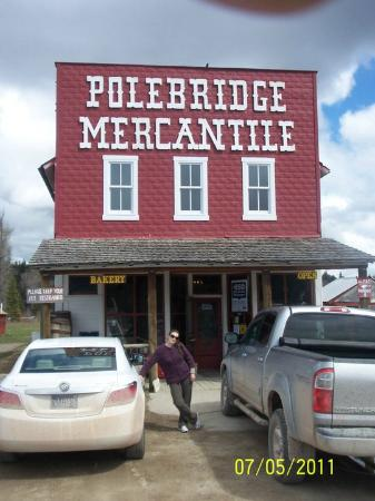 ‪‪Polebridge Mercantile and Cabins‬: Aussie Angela at wonderful Polebridge Mercantile store‬