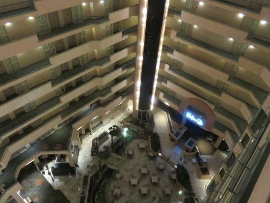 Embassy Suites by Hilton Hotel Monterey Bay - Seaside: Atrium view from inside.