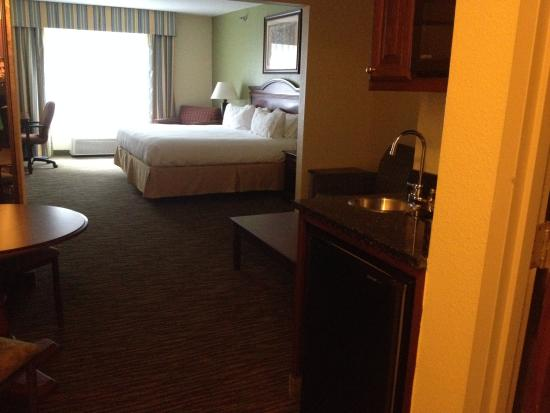 Holiday Inn Express Pikeville: King suite