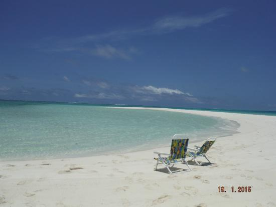 Kulu Bay Resort: Sandbar picnic