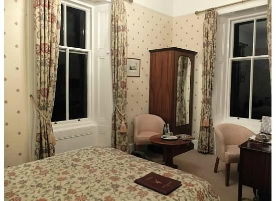 Dungallan Country House: Our lovely room