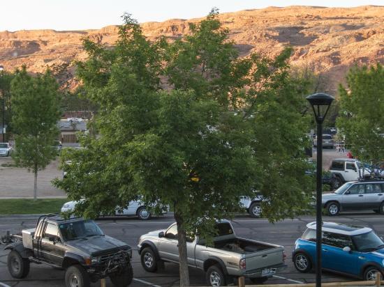 Veranda picture of best western plus canyonlands inn for Best western moab