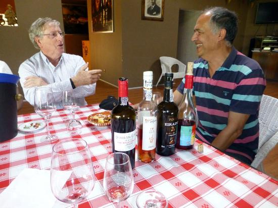 Douro Valley : Discourse with host over wine, port, fresh cherries, chocolate