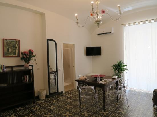 Casa Sorrentina: hall area