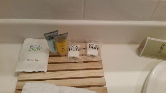 Jet Park Hotel Rotorua : Biodegradable products - a nice touch!