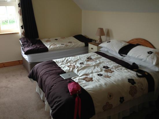 Reen Coast B&B: Notre (grande) chambre