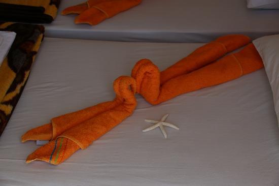 Stella Hotel: Handdoeken worden op originele wijze aangeboden!