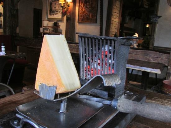 raclette au feu de bois picture of le monchu chamonix tripadvisor. Black Bedroom Furniture Sets. Home Design Ideas