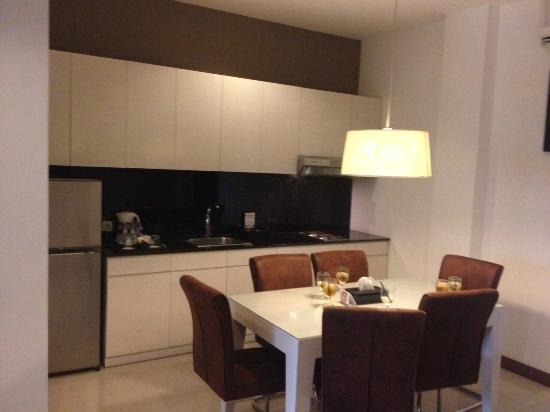 Umalas Hotel and Residence: dapur kecil