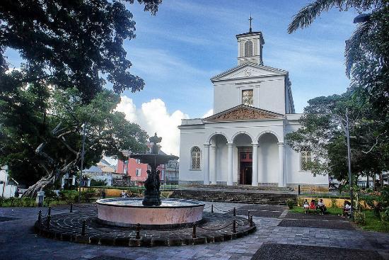 Cathédrale de Saint-Denis de La Réunion