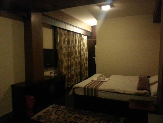 Kun Dau Residency: Our room