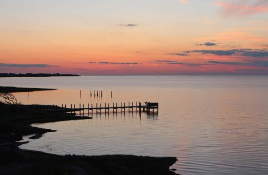 The Inn on Pamlico Sound: Sunset from bedroom