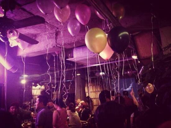 The 1st anniversary party picture of golmok vinyl & pub seoul