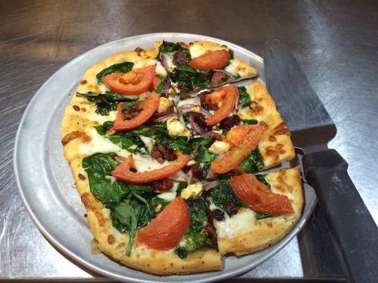 Eugene, Oregón: Hand tossed Artisan pizzas