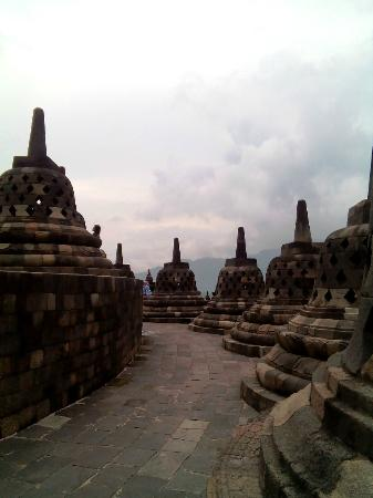 Isi Stupa Borobudur Check Out Isi Stupa Borobudur Cntravel