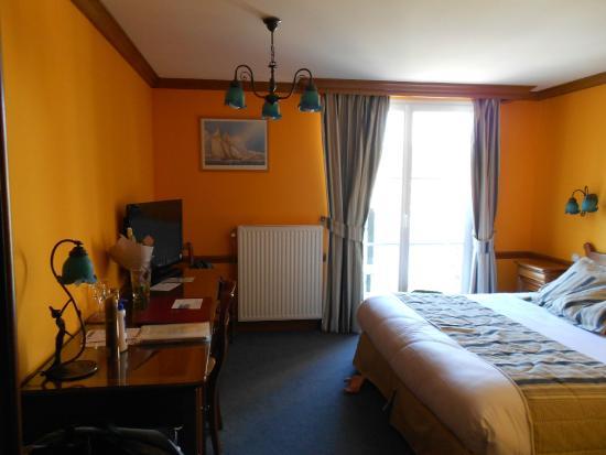 La chambre excellence avec vue sur la mer 180 euros for Chambre avec vue sur la guerre
