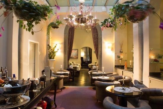 Le Muse Ristorante & Lounge Bar