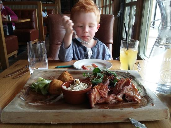 The Poacher's Pocket: Thomas absolutely loving the food!