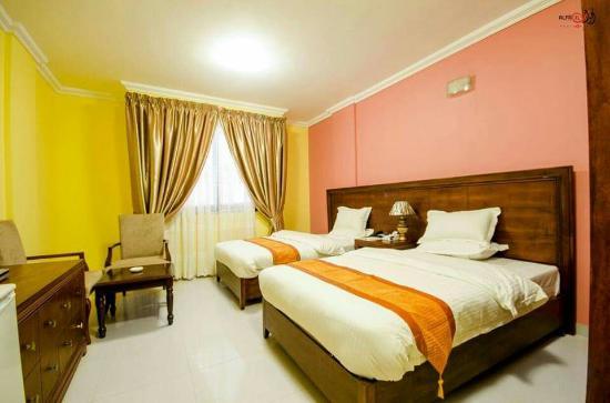 Rowanya Hotel