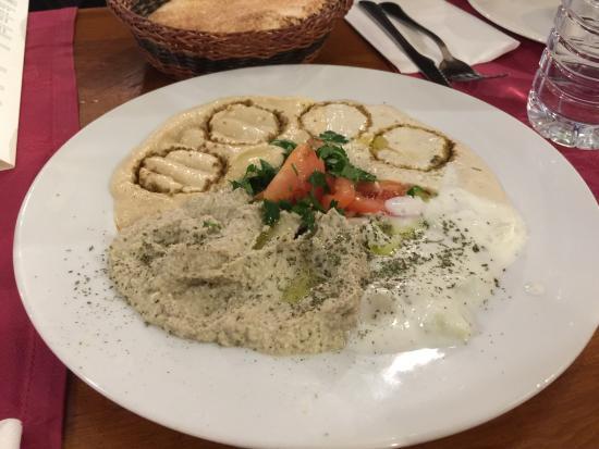 Samara: Tutto davvero delizioso se volete provare la cucina egiziana non potete perdervi questo posto!!!