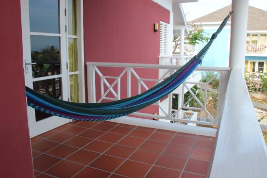 Hangmat Op Balkon : Hangmat op balkon Изображение chogogo resort Виллемстад