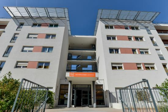 Apparthotel privilodges lyon lumiere updated 2017 prices for Lyon apparthotel