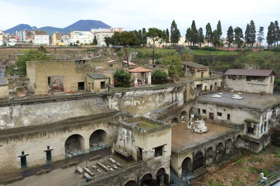 The Old Seafront Of Herculaneum Review Of La Terrazza Di M
