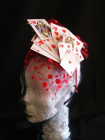 Barrie, Canadá: One of a Kind Sculpture Hat
