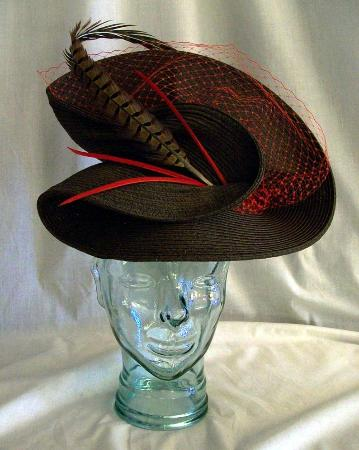 Barrie, Canadá: Ascot Hat