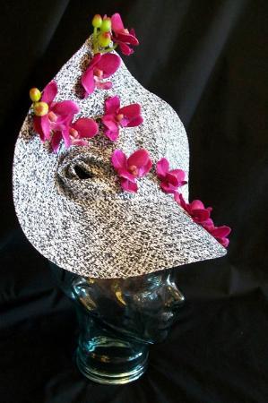 Barrie, Canadá: Race Hat