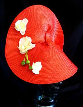 Barrie, Canadá: Derby Hat