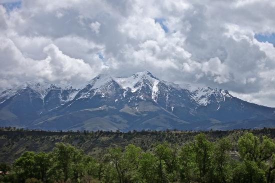 Mountain Sky Guest Ranch : Emigrant Peak