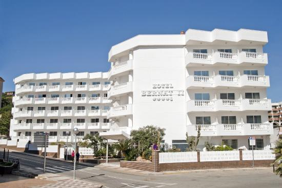 Photo of Hotel Bernat II Calella