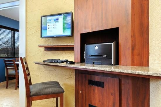 Motel 6 Grand Rapids - Airport: Free Business center