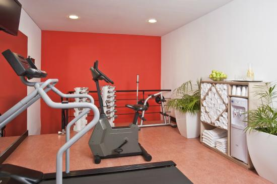 NH Buenos Aires City: Gym