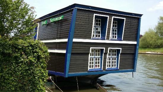 De Barge Hotel: ventanas de habitaciones