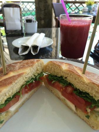 Boulan Tea Room & Gourmet Corner