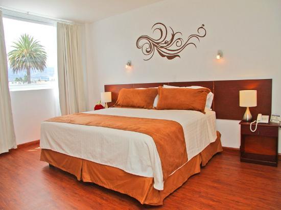 Hotel Ajavi: Habitación