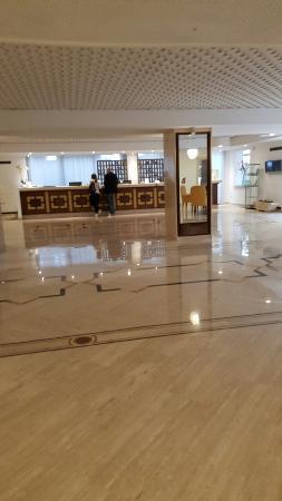 Conca Park Hotel: Accesso caratteristico e hall