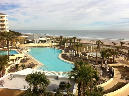 view from front of resort picture of omni amelia island. Black Bedroom Furniture Sets. Home Design Ideas