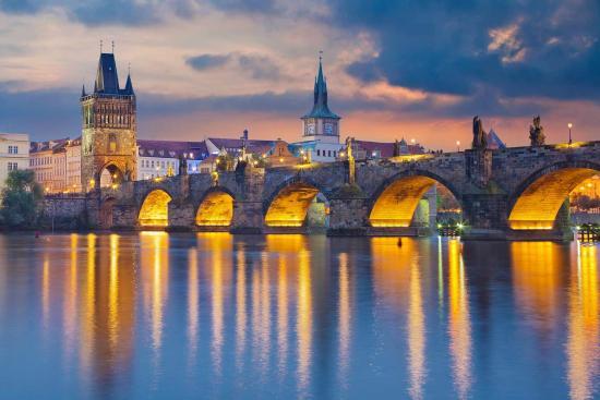 Charles Bridge, Prague (133850480)