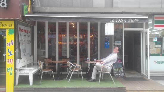 Cafe Jass