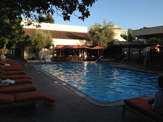 Cafe seating around the pool picture of sheraton palo - Palo alto swimming pool san antonio ...