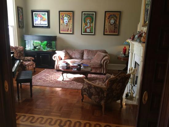 Columbine Bed & Breakfast: Sitting room, with collectable concert posters